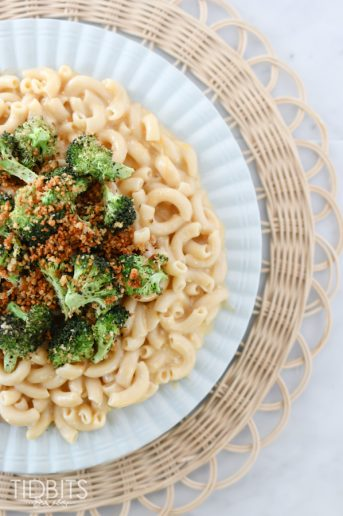 Pressure Cooker Creamy Whole Grain Mac and Cheese with Parmesan Broccoli Topping