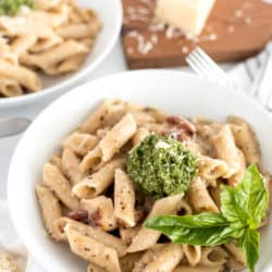 Instant Pot Sun-Dried Tomato Pasta with Chicken and Pesto
